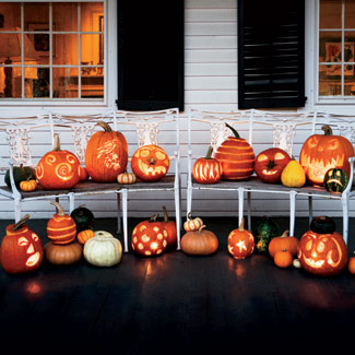 Assorted-pumpkins-carved-halloween-1007-fb